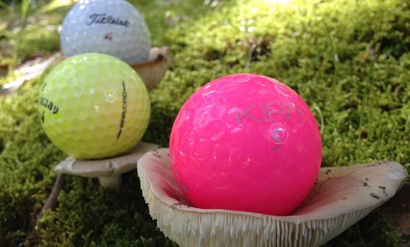 ナイトゴルフのボール比較!光るボールのおすすめはどれだ?
